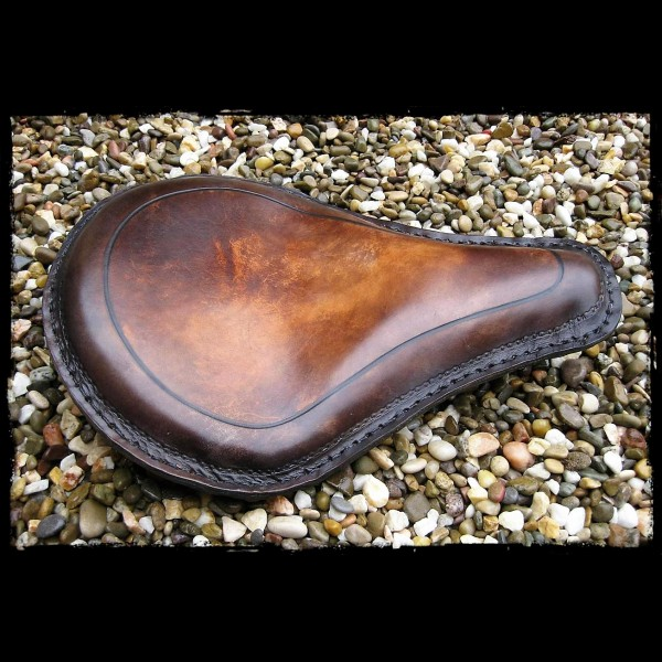 Selle Universelle Line Leather