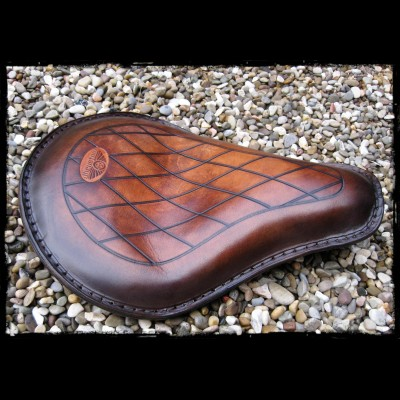 Seat Universal Brown Leather Diamond