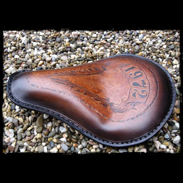 Selle Universelle Feathers