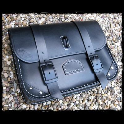 Saddlebag black leather (Medium)