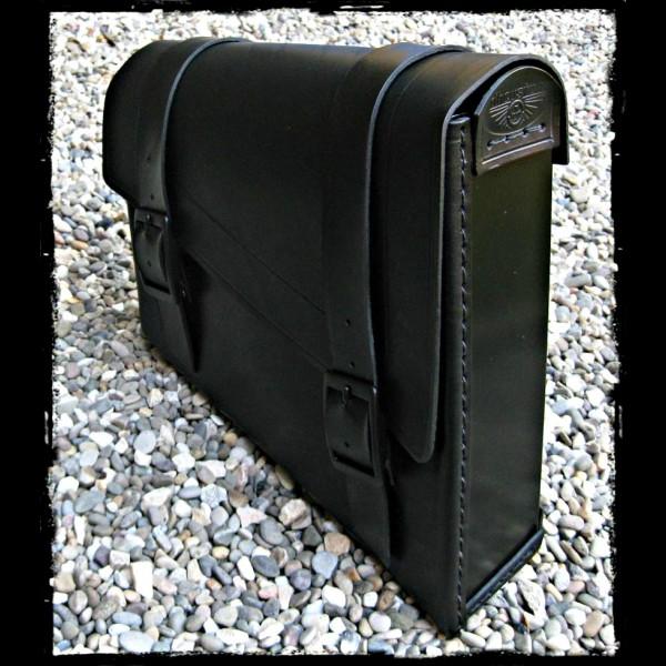 Schwarze Satteltasche